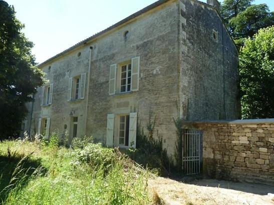 Vouillé - FRA (photo 3)