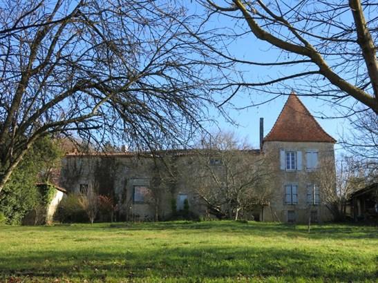 Barbezieux Saint Hilaire - FRA (photo 1)