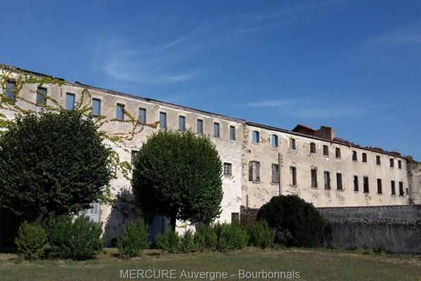 Vertaizon - FRA (photo 5)