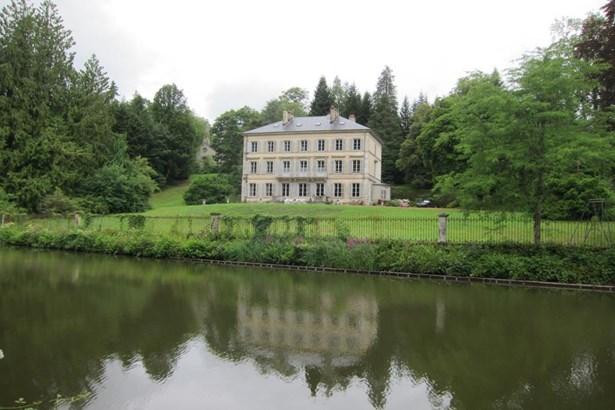 Bains - FRA (photo 1)