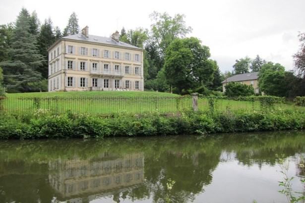 Bains - FRA (photo 2)