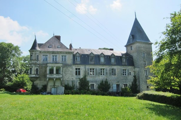 Dole - FRA (photo 2)