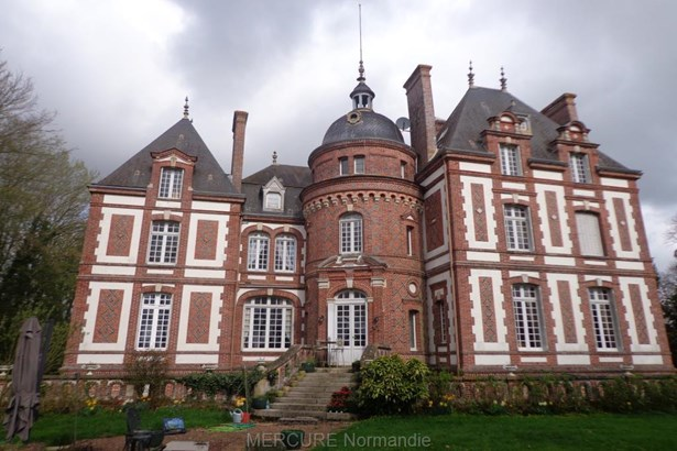 Montreuil Largille - FRA (photo 1)