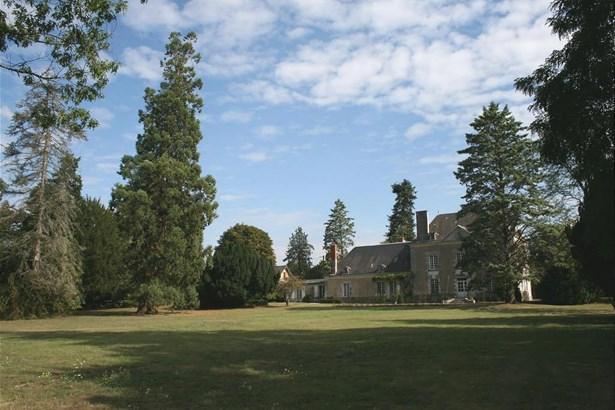 La Roche Posay - FRA (photo 3)