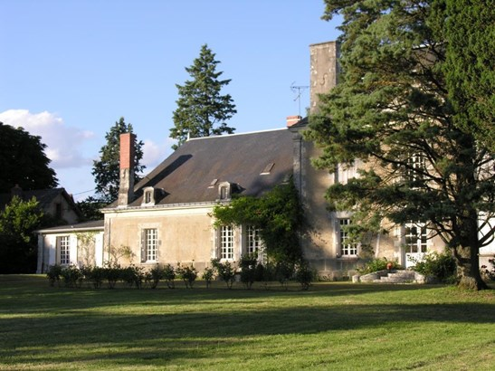 La Roche Posay - FRA (photo 5)