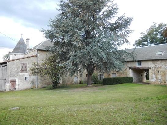 Saint Maixent L'ecole - FRA (photo 4)
