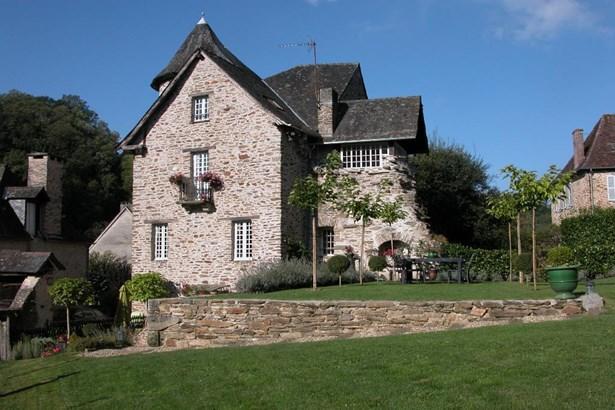 Brive La Gaillarde - FRA (photo 1)