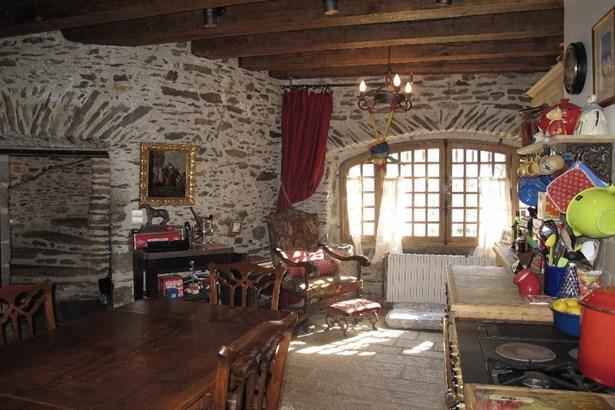 Brive La Gaillarde - FRA (photo 5)