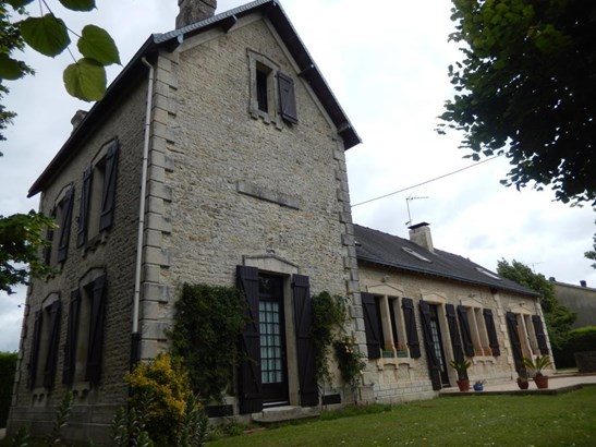 Saint Maixent L'ecole - FRA (photo 1)