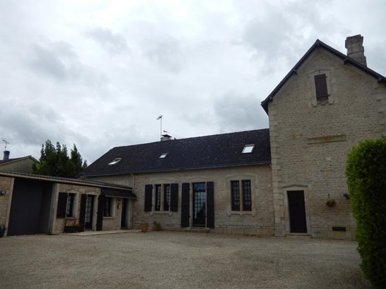 Saint Maixent L'ecole - FRA (photo 2)