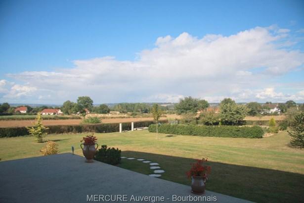 Montlucon - FRA (photo 3)