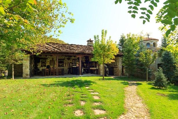 Veliko Tarnovo - BGR (photo 3)