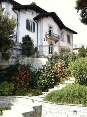 Via Mondelli, Cernobbio, Como, Lake Como - ITA (photo 2)