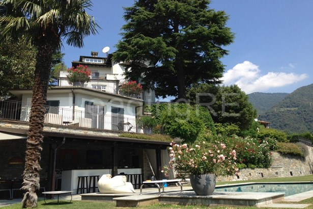 Via Mondelli, Cernobbio, Como, Lake Como - ITA (photo 3)
