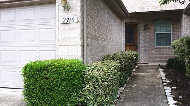 2910 Meadowglen Crest, Houston, TX - USA (photo 3)