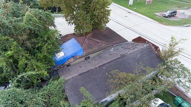 A closer Aerial view . (photo 3)