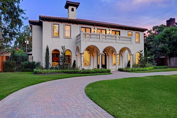 Luxurious Tanglewood New Construction 6 Bedroom Residence By Gilboa Homes Emulating A European Villa With Exquisite Artisan Quality Finishes.