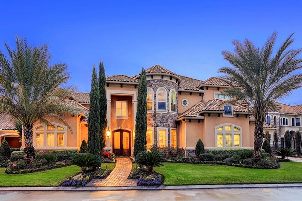 14331 Belle River is a 7,192 SF home in gated Lakes of Parkway. (photo 1)