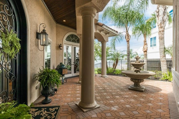 Entry - Extraordinary attention to detail in this Pinnacle Custom Home. (photo 4)