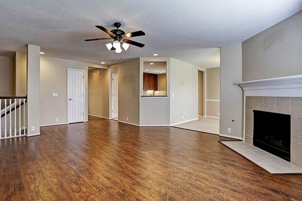 13600 Breton Ridge Street #36e 36e, Houston, TX - USA (photo 5)