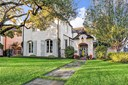 A River Oaks Treasure. This French Provincial 3 Bedroom Residence Exudes Timeless Elegance. (photo 1)