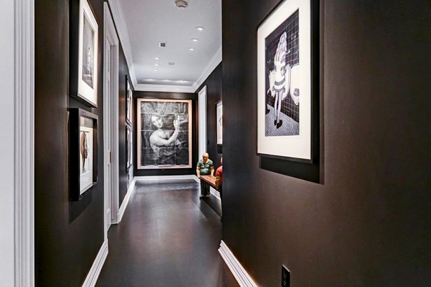 Gallery (photo 5)