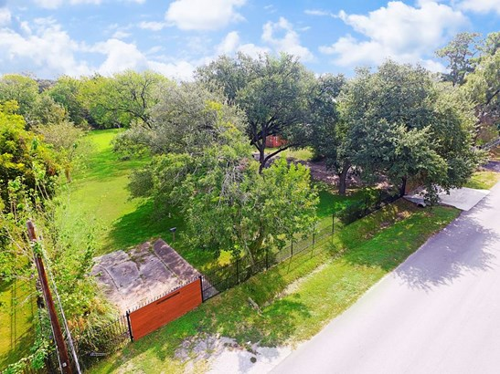 Aerial of 2060 Johanna - 43,950 sqft lot without restrictions! (photo 1)
