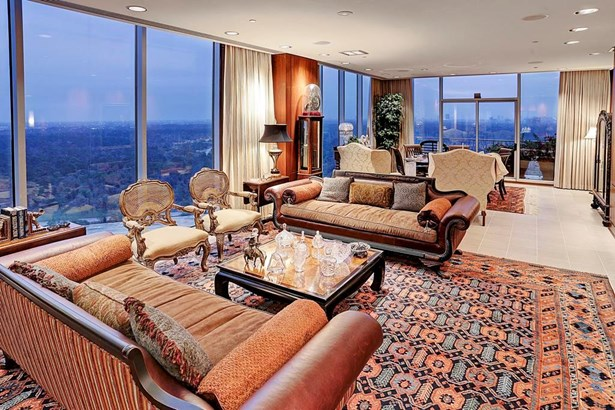 The magnificent great room acts as the home s centerpiece (photo 1)