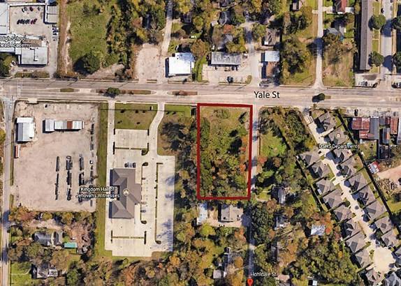 Aerial view of the lot. Illustrated borders are an approximation. (photo 1)