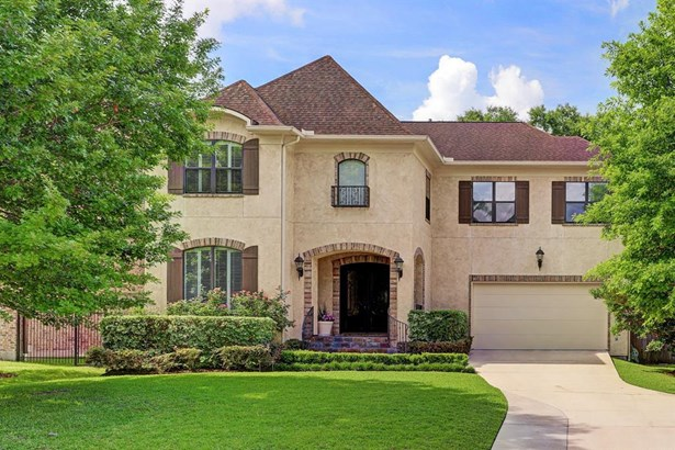 3811 Durness is a welcoming beautifully maintained home with Tuscan influences situated in prime Braes Heights location close to parks, YMCA, city library, and Mark Twain Elementary. (photo 1)