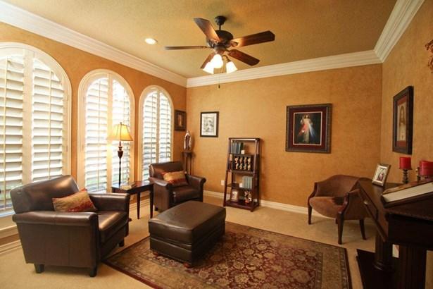 9919 Vintage Villa Drive, Houston, TX - USA (photo 5)