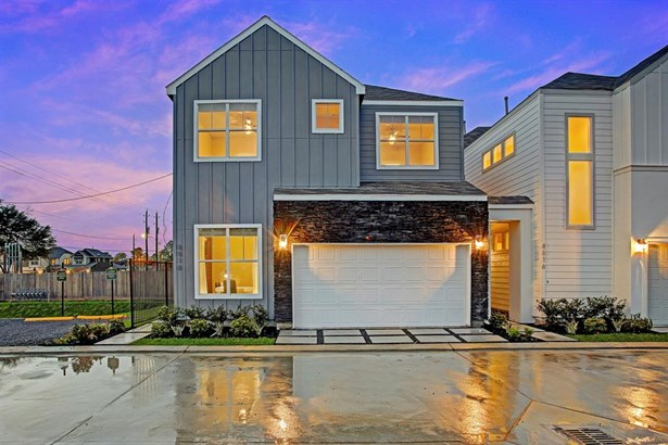 """8821 Hollister Pine Court: features """"The Owen"""" floor-plan in the gated community of Hollister Park by City Choice Homes. 2 level home with clean lines combined traditional styling & a contemporary blend. Photo of a similar completed home in Hollister (photo 1)"""