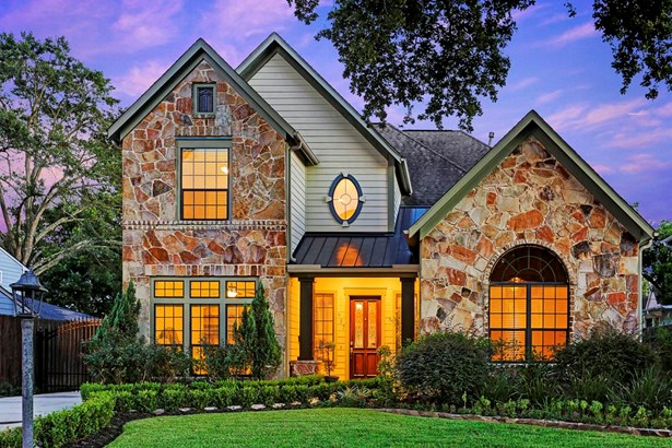 Beautiful home in sought-after Garden Oaks. Moments away from the new Liberty Kitchen restaurant. (photo 1)