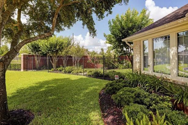 3042 Newbrook Drive, Pearland, TX - USA (photo 4)