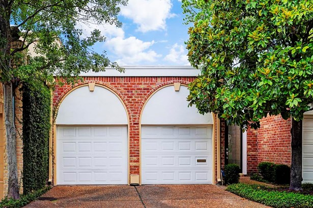 10 S Briar Hollow Lane #36 36, Houston, TX - USA (photo 1)