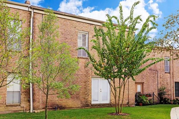 10 S Briar Hollow Lane #36 36, Houston, TX - USA (photo 3)