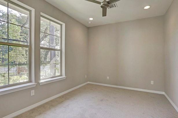 Total SQFT: 2028First Floor: 343 sqftSecond Floor: 831 sqftThird Floor: 854 sqft (photo 3)