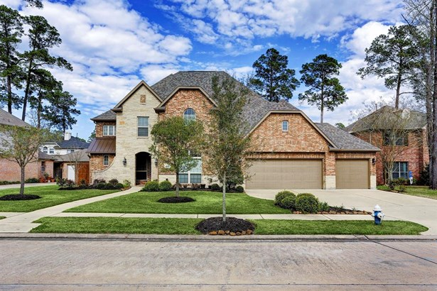 Gorgeous 5 bedroom/4.5 bath brick & stone home situated on a quiet cul-de-sac lot in the established Tuscany subdivision. This is a 1-owner home completed in 2014 with many custom finishes and upgrades. It rivals new construction in the area and won't las (photo 2)