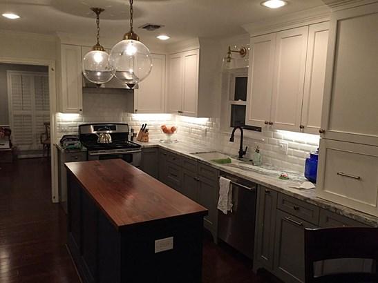 Pictures of stylish kitchen prior to Harvey (photo 4)