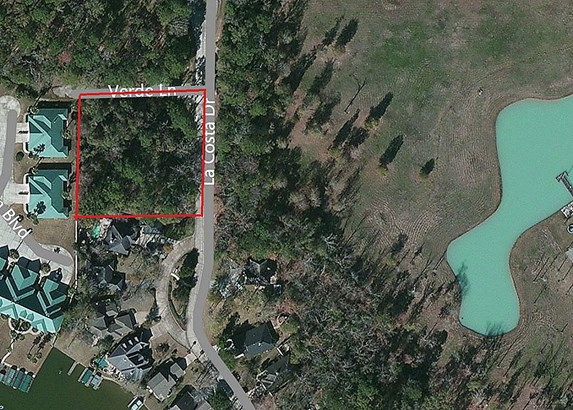 This redline area is a 1 Acre+- Mineral Reserve non-buildable site. but is included. (photo 4)