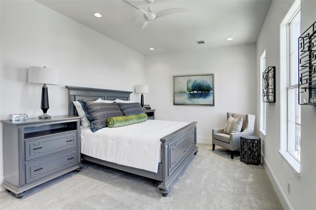 Photos of C Plan model. Master suite located on the 3rd floor, 10 foot ceilings, recessed lighting and plenty of natural light. (photo 5)