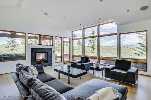 Single Family Residence, Contemporary,Two Story - Glenwood Springs, CO (photo 4)
