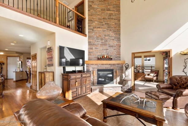 Single Family Residence, Two Story - New Castle, CO (photo 5)