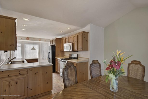 Single Family Residence, Ranch,Two Story - Basalt, CO (photo 5)