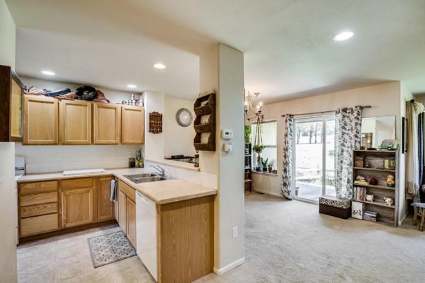 Two Story, Condo/Townhouse/Duplex/Half Duplex - New Castle, CO (photo 4)