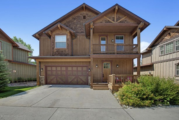 Single Family Residence, Two Story - New Castle, CO