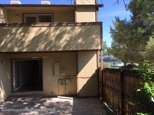 Two Story, Condo/Townhouse/Duplex/Half Duplex - Rifle, CO (photo 1)