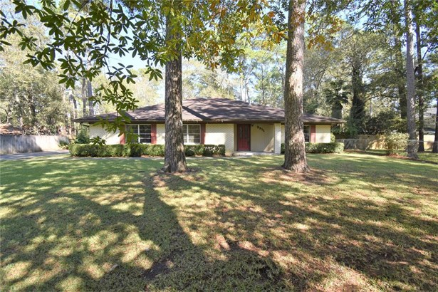 Traditional, Single-Family - Dickinson, TX