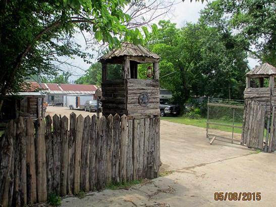 Traditional, Cross Property - Trinity, TX (photo 1)