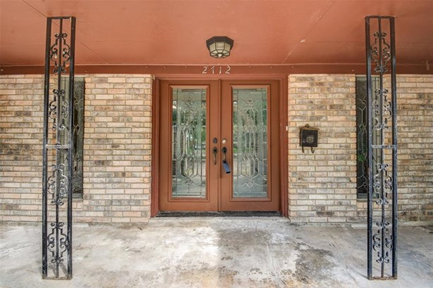 Ranch,Traditional, Cross Property - Dickinson, TX (photo 3)